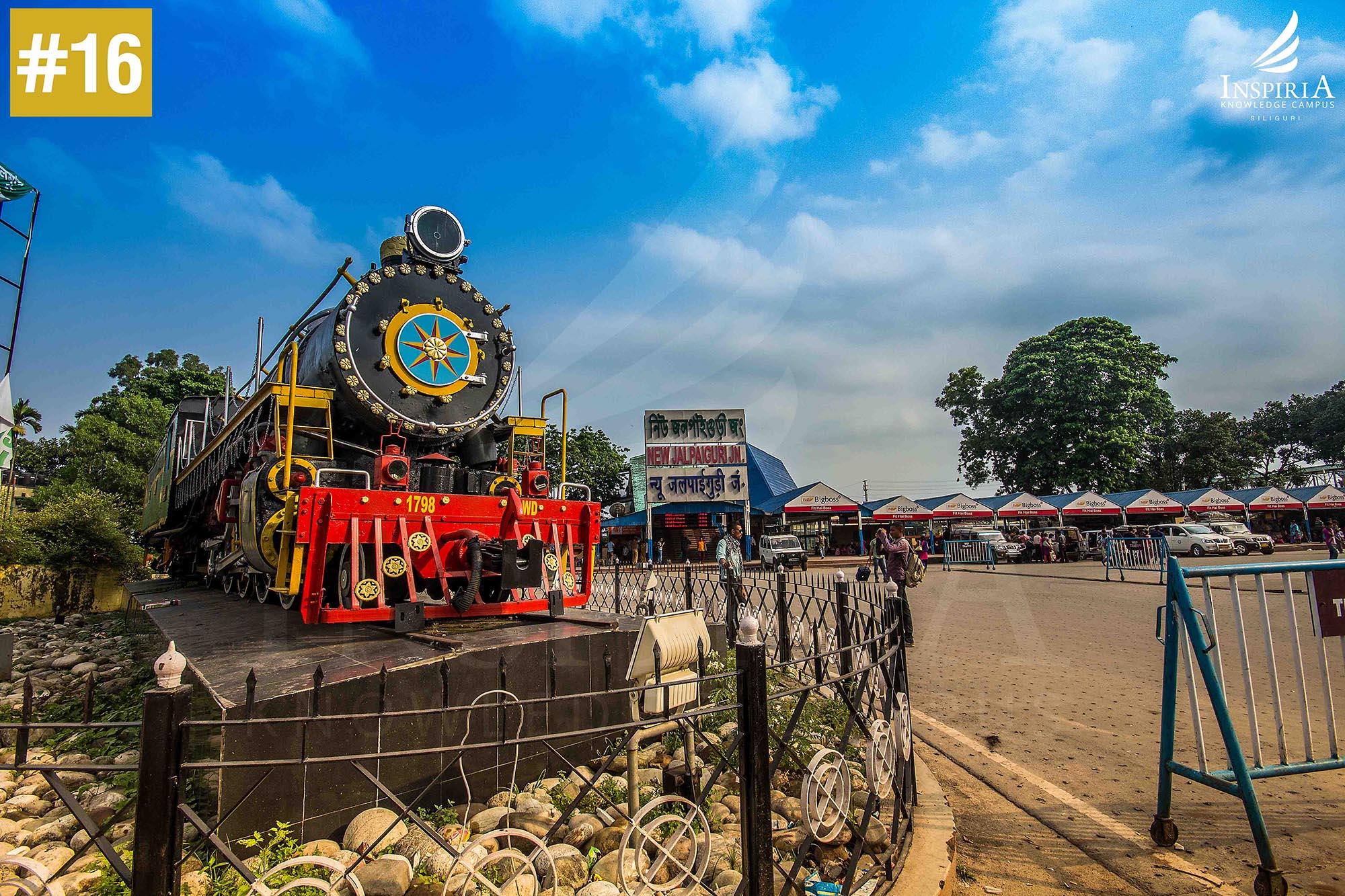 New-jalpaiguri-juntion-railway-station-siliguri-toy-train