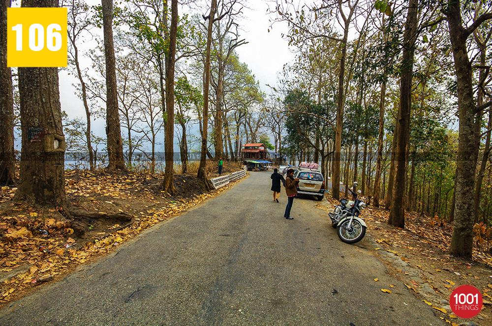 Visitors at Triveni View Point, Darjeeling