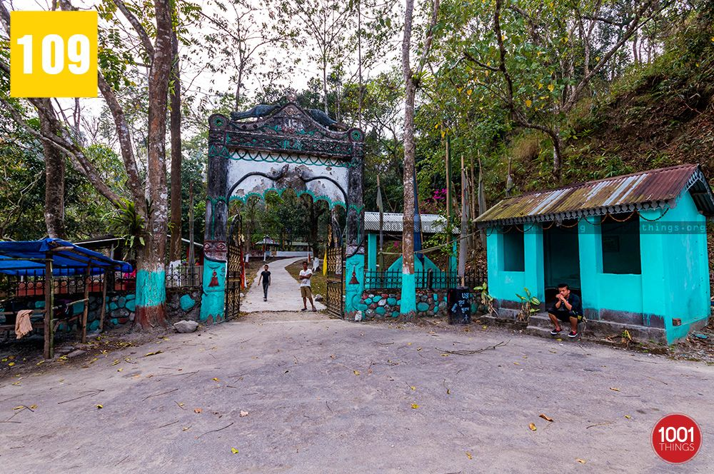 Shiva-khola-main-gate-of-shiva-temple