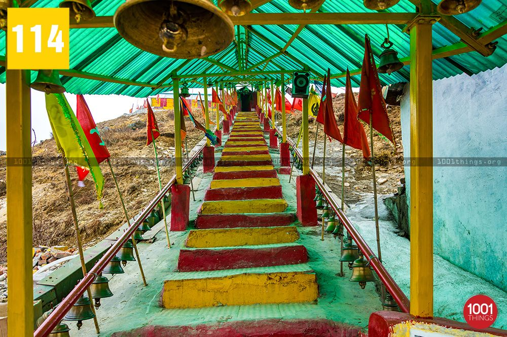The-stairs-leading-to-the-bunker-at-old-Baba-mandir