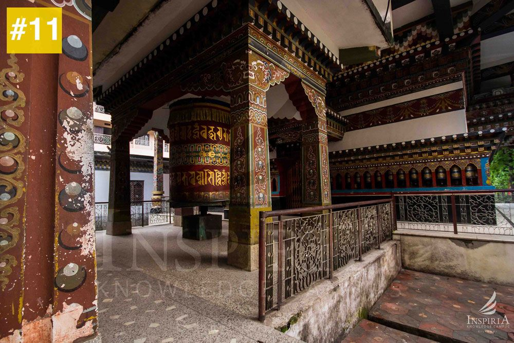 Big-prayer-wheel-at-Zangtho-Perli-Lakhang-Phuentsholing-bhutan