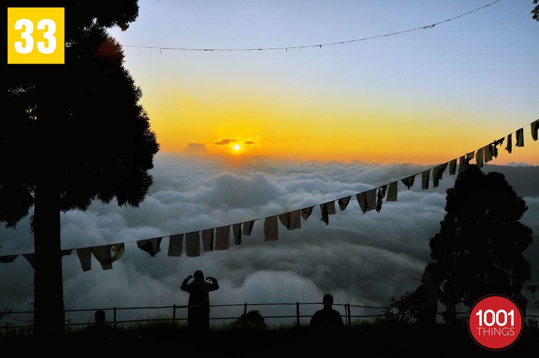 Cloudy-sunrise-at-darjeeling-wb