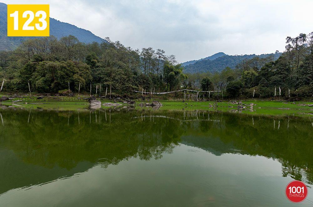Kathog-Lake-serene