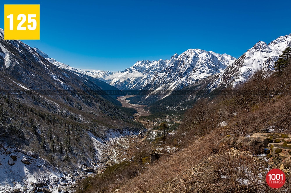 view-of-Yumthang-valley